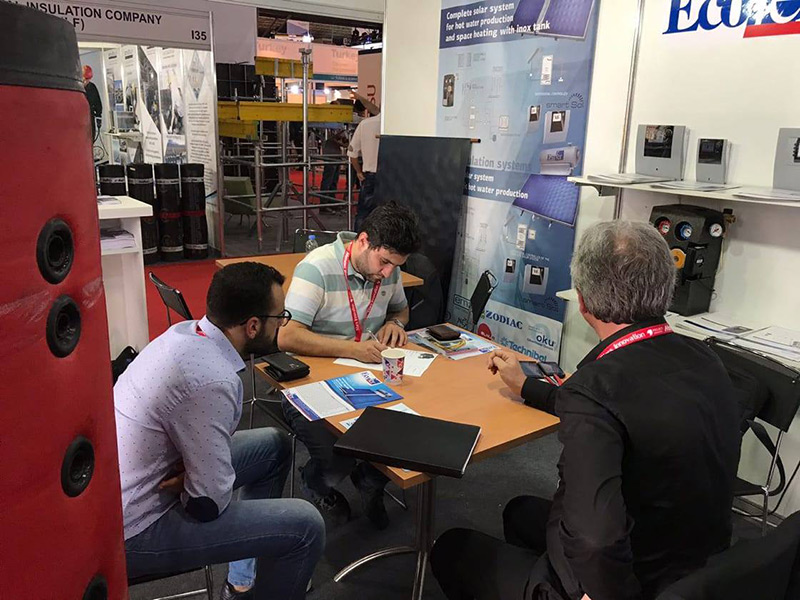 From the presentation of our automation for heating/air conditioning/solar systems to technicians and installers at the International fair Project Lebanon